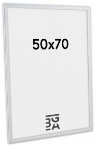 Line Vit 50x70 cm