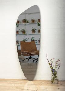 Spegel Slim Warm Grey 160x57 cm