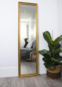 Spegel Alice Guld 35x150 cm